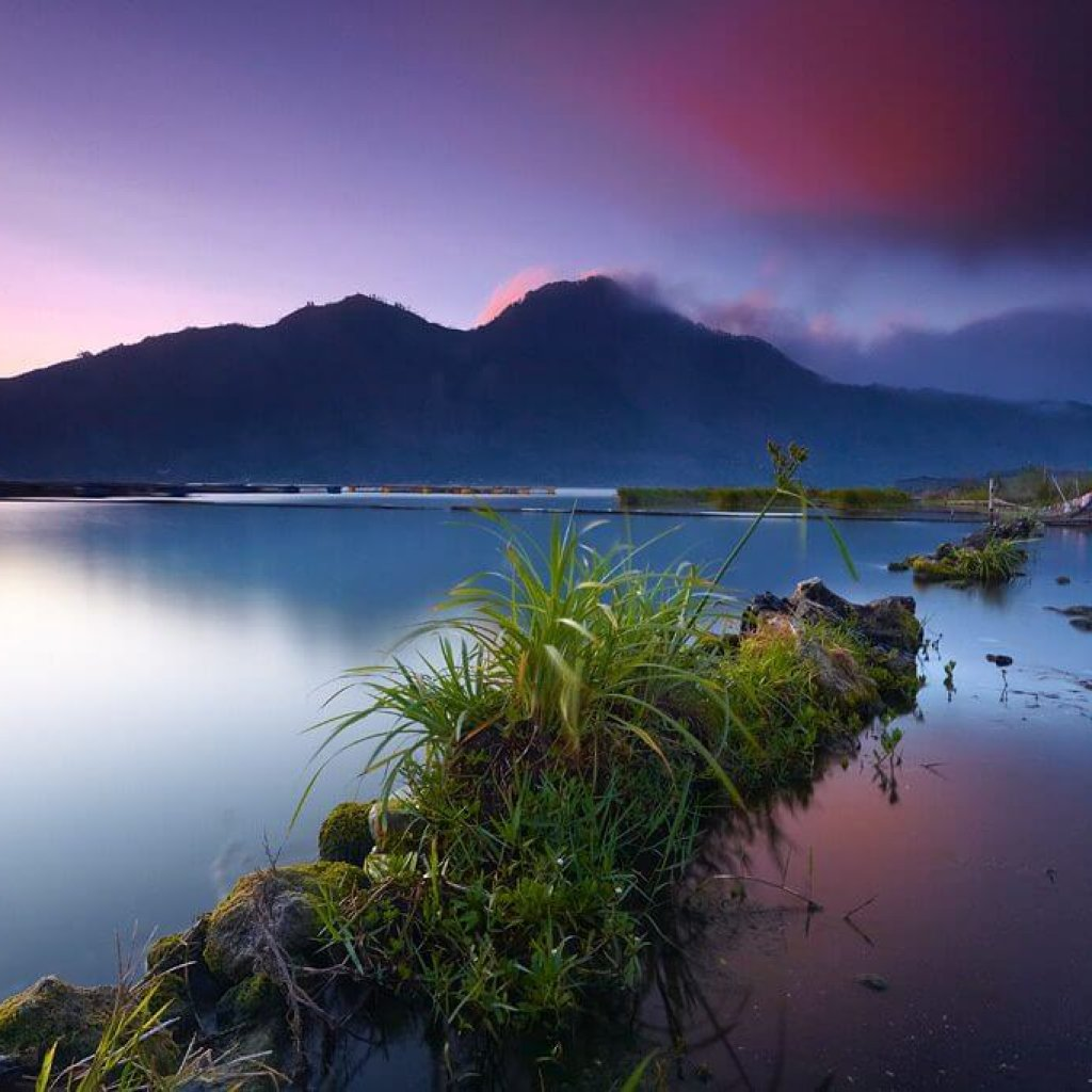 Differences in Lake Batur Water Color due to Active Caldera at the bottom of the lake.