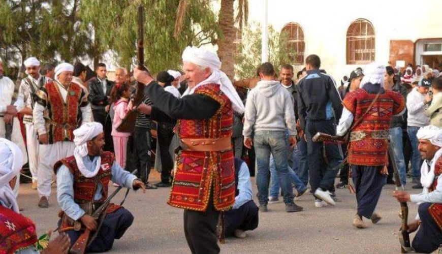 Source: https://afrotourism.com/travelogue/ghardaia-national-carpet-festival-algeria-roll-out-the-carpets/